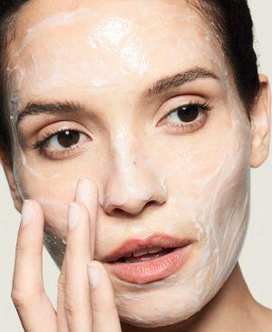 aqua massage masque model